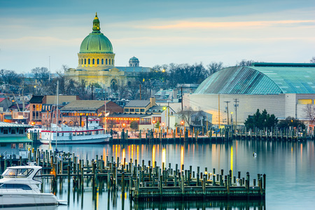 Annapolis, Maryland, USA town skyline at Chesapeake Bay with the United States Naval Academy Chapel dome. Stock Photo