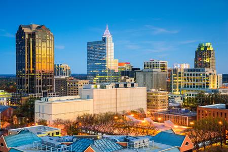 Raleigh, North Carolina, USA skyline van het centrum.