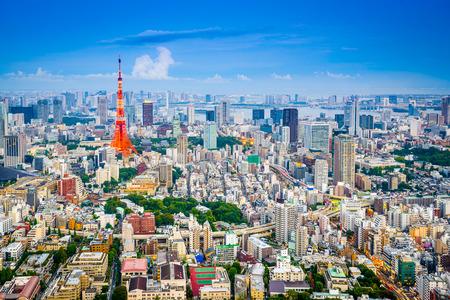 Tokyo, Japan city skyline from Roppongi Hills towards Tokyo Tower. 版權商用圖片
