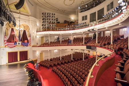 teatro: WASHINGTON, DC - 12 de abril de 2015: Histórico Teatro Ford. El teatro es infame como el sitio del asesinato el presidente Abraham Lincoln en 1865.