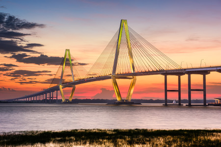 in charleston: Arthur Ravenel Jr. Bridge in Charleston, South Carolina, USA