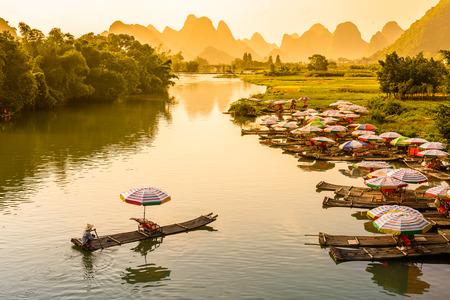 Li River in Yangshuo, China Banco de Imagens