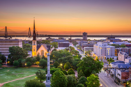 in charleston: Charleston, South Carolina, USA skyline over Marion Square. Stock Photo