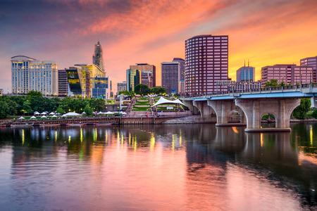 Hartford, Connecticut, EE.UU. horizonte centro.