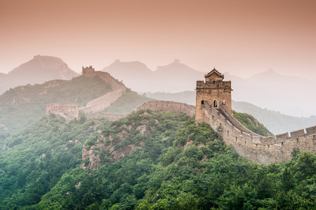 china wall: Gran Muralla de China en la sección Jinshanling.