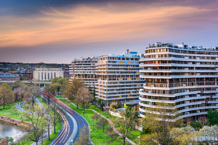 condominium complex: WASHINGTON, D.C. - APRIL 11, 2015: The Watergate Complex in Foggy Bottom. The complex became well known in the wake of the Watergate Scandal which led to President Richard Nixons resignation in 1974.