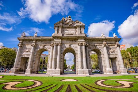 Madrid, España en la Puerta de Alcalá.