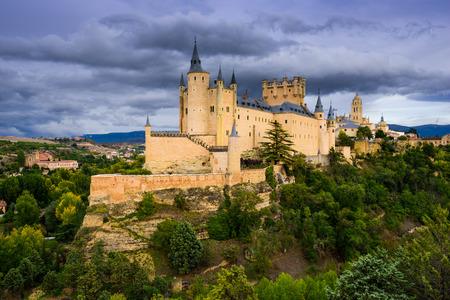 castillos: Segovia, España Castillo. Foto de archivo