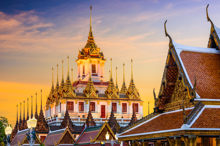 Wat Ratchanatdaram in Bangkok, Thailand. 版權商用圖片