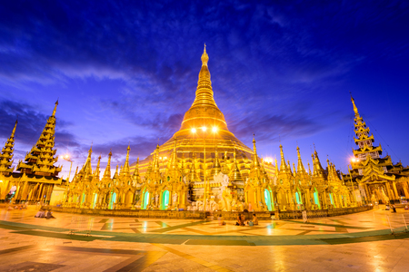 Shwedagon Pagoda in Yangon, Myanmar. Foto de archivo