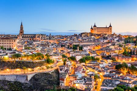 toledo town: Toledo, Spain old town city skyline.