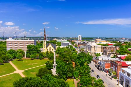 carolina: Charleston, South Carolina, USA skyline over Marion Square. Stock Photo