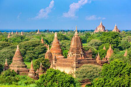 Bagan, 미얀마 고고학 공원 사원입니다. 스톡 콘텐츠