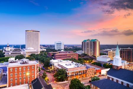iglesia: Tallahassee, Florida, EE.UU. horizonte centro.