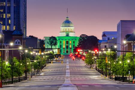 Montgomery, Alabama, États-Unis avec le State Capitol.