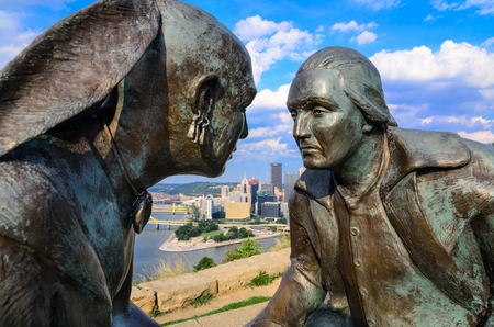 seneca: PITTSBURGH, PENNYSLVANIA - AUGUST 8, 2012: The Point of View sculpture at Point of View Park. The statue depicts George Washington and the Seneca leader Guyasuta.