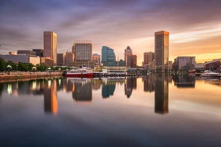 Baltimore, Maryland, USA Skyline am Inner Harbor. Standard-Bild - 60523608