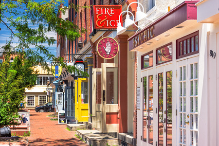 fells: BALTIMORE, MARYLAND - JUNE 14, 2016: Shops at Fells point. The historic waterfront neighborhood was established in 1763 along the north shore of the Baltimore Harbor.