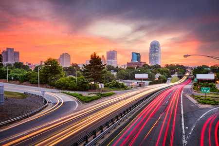 Winston-Salem, Carolina del Norte, EE.UU. horizonte. Foto de archivo - 60469433