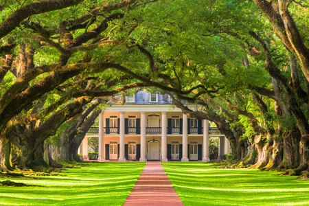 Oak Alley Plantation in Vacherie, Louisiana, USA.