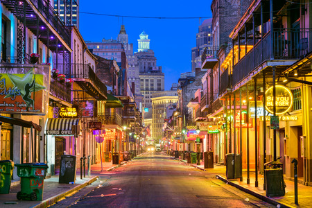 NEW ORLEANS, LOUISIANA - MAY 10, 2016: Bourbon Street in the early morning. The renown nightlife destination is in the heart of the French Quarter. 에디토리얼