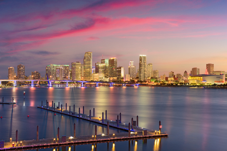 landschap: Miami, Florida, USA skyline op Biscayne Bay. Stockfoto
