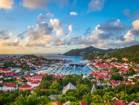 Saint Barthelemy skyline and harbor in the West Indies. Imagens - 72975468