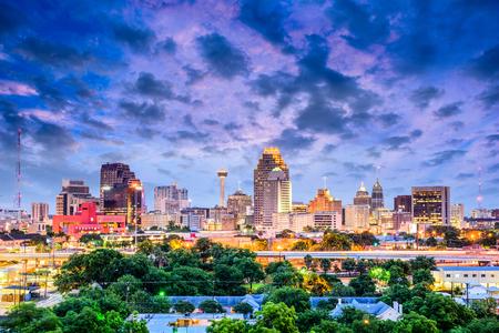 San Antonio, Texas, EE.UU. horizonte del centro de la ciudad. Foto de archivo - 79422611