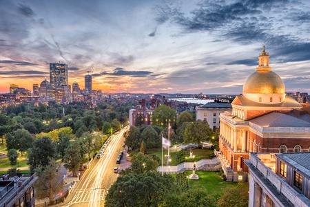Boston, Massachusetts, USA stadsgezicht met het State House.