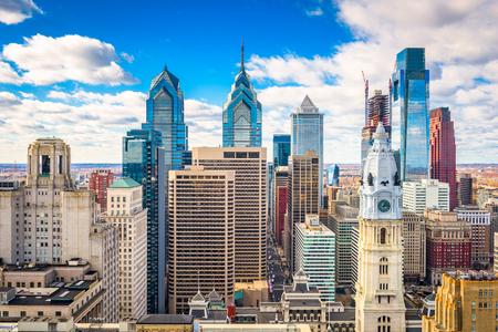 フィラデルフィア、ペンシルベニア州、米国ダウンタウンの街並み。