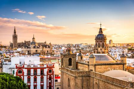 Sevilla, Spanje skyline in de oude wijk.