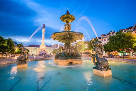 ロシオ広場でリスボン、ポルトガルの街並み。 写真素材