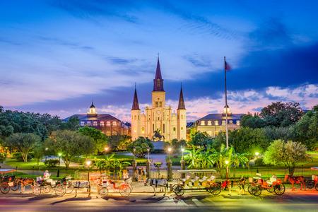 La Nouvelle-Orléans, la Louisiane, aux États-Unis à la cathédrale Saint-Louis et Jackson Square. Banque d'images - 80973779