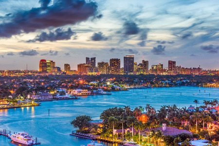 Fort Lauderdale, Florida, USA skyline. 스톡 콘텐츠