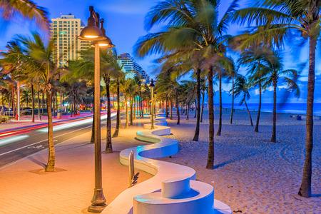 フォートローダーデール、フロリダ州、米国ビーチ ストリップ。 写真素材