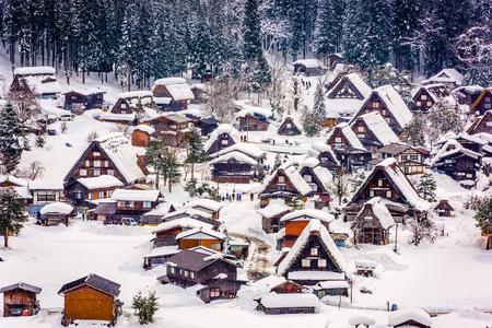 시라카와 고, 일본 역사적인 겨울 마을입니다.