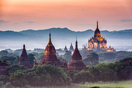고고학 영역 Bagan, Myanmar 사원입니다.