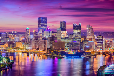 피츠버그, 펜실베니아, 미국 도시의 스카이 라인입니다.