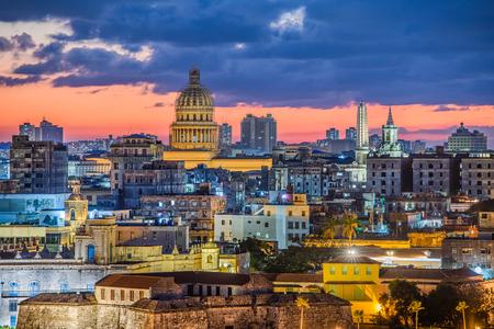 Havana, Cuba old town skyline. 스톡 콘텐츠