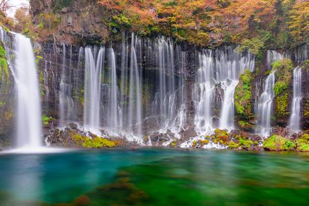 Shiraito Falls, Fujinomiya, Japón. Foto de archivo - 96314379