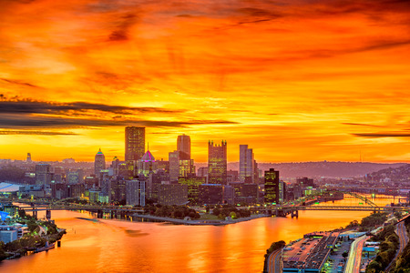 Pittsburgh, Pennsylvania, USA skyline at dawn.