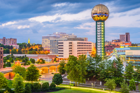 Knoxville, Tennessee, USA downtown skyline at twilight. Редакционное