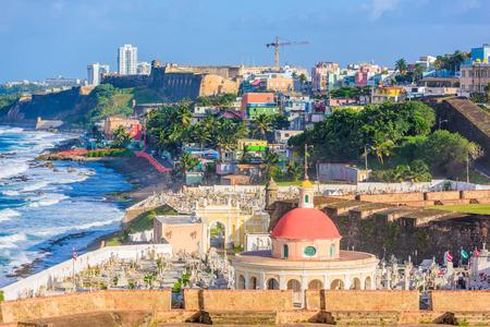 San Juan, Puerto Rico cementerio histórico y ciudad costera.
