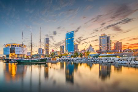 Milwaukee, Wisconsin, USA downtown city skyline on Lake Michigan at twilight.