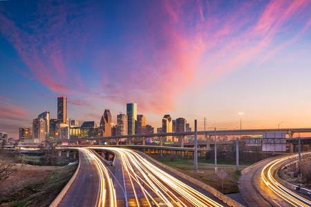 Houston, Texas, USA downtown skyline over the highways at dusk. Stok Fotoğraf