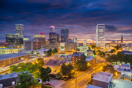 Tulsa, Oklahoma, USA downtown city skyline at twilight. Stok Fotoğraf