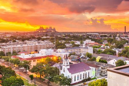 New Orleans, Louisiana, USA town skyline over the Garden District at dawn. 版權商用圖片