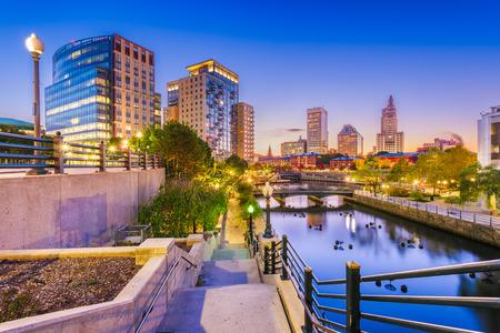Providence, Rhode Island, USA park and skyline at dawn. 版權商用圖片