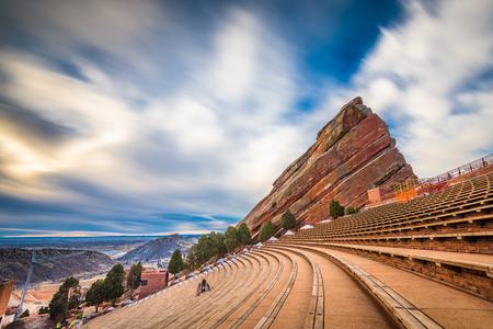 MORRISON, COLORADO, USA - 12 mars 2019 : Tôt le matin à Red Rocks Red Rocks Amphitheatre. Éditoriale