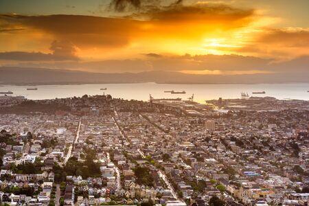 San Francisco, California, USA Noe Valley skyline at dawn. Banco de Imagens